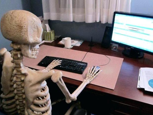 BITCOIN HODLER WAITING FOR BITCOIN TO GO BACK UP