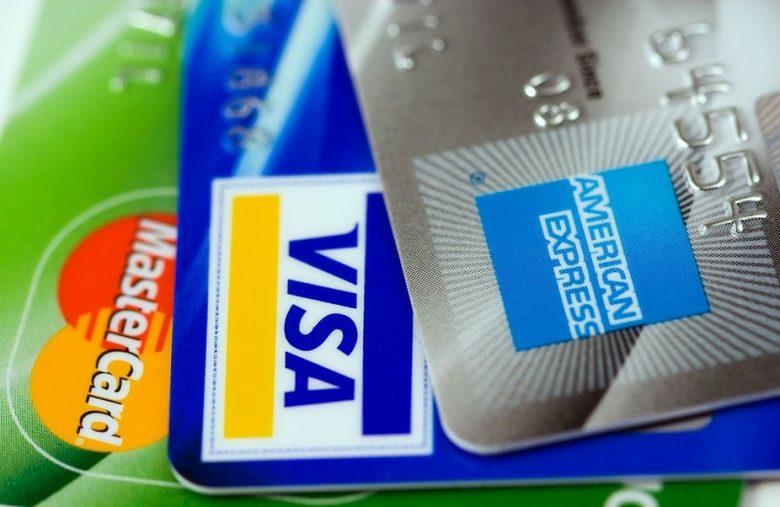 Convert bitcoin to cash with a bitcoin debit card