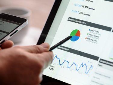 Bitcoin surpasses stocks in Google searches