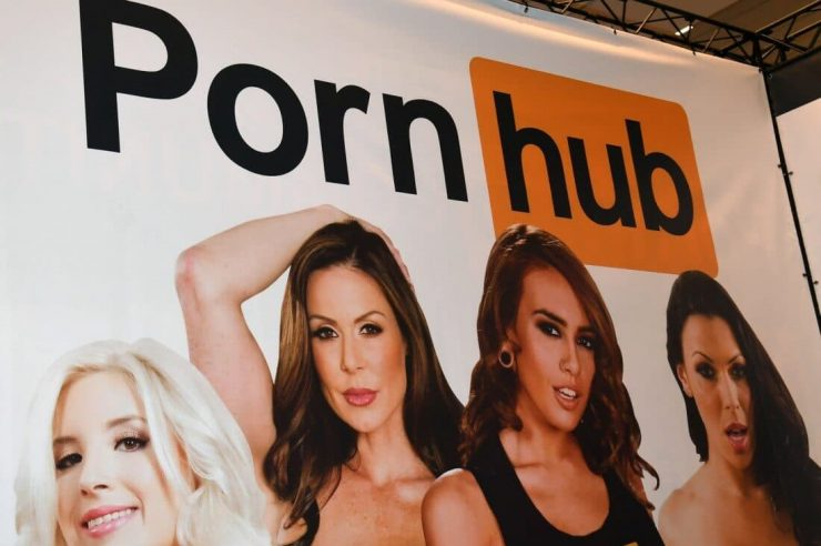 XXX video site Pornhub now accepts payments in Bitcoin BTC and Litecoin LTC